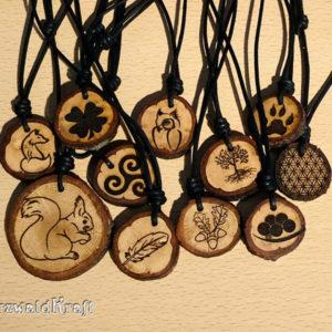 Amulett mit Rinde Eiche Spezial