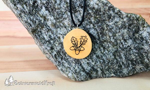 Amulett Eichenblatt ohne Rinde Buche