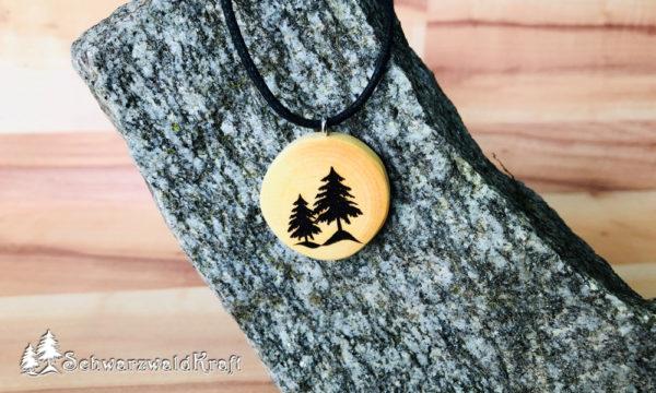Amulett Tannenbäume ohne Rinde Kirsche