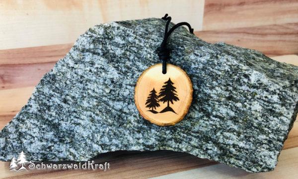 Amulett Tannenbäume Erle