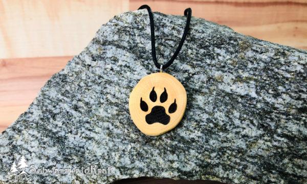Amulett Wolfstatze ohne Rinde Buche