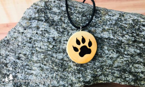 Amulett Wolfstatze ohne Rinde Kirsche