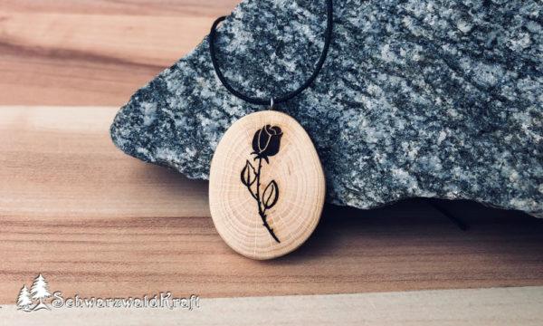 Holzanhänger Rose ohne Rinde Buche