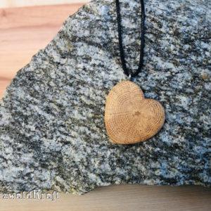 Halskette mit Holzanhänger Herz Eiche