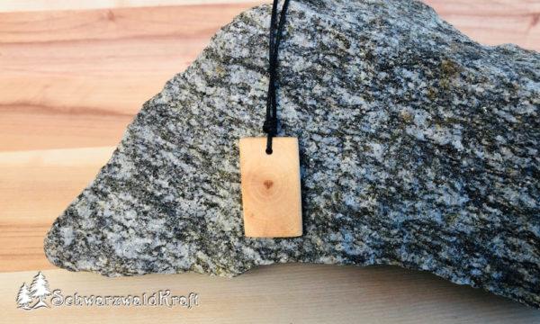 Halskette mit Holzanhänger Rectangle Erle